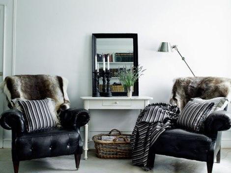 Crédit photo: http://www.nordikdeco.com #plaid et coussins rayés noir et blanc
