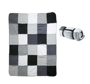 Plaid Black&White Patchwork - maginea - http://urlz.fr/56l