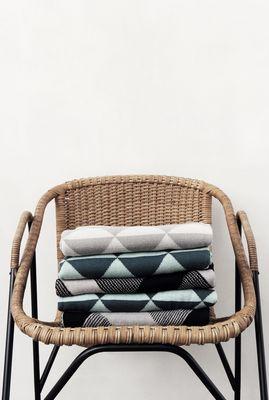 Plaid Remix - Ferm Living - http://urlz.fr/56i